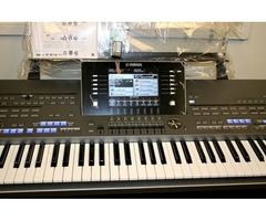 Yamaha Tyros5 76-key Arranger Keyboard stav Workstation Mint, záruka ---- 3600 Euro